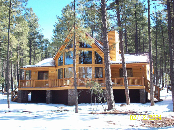 The Mountain Pine Large windows, Deck and a Loft