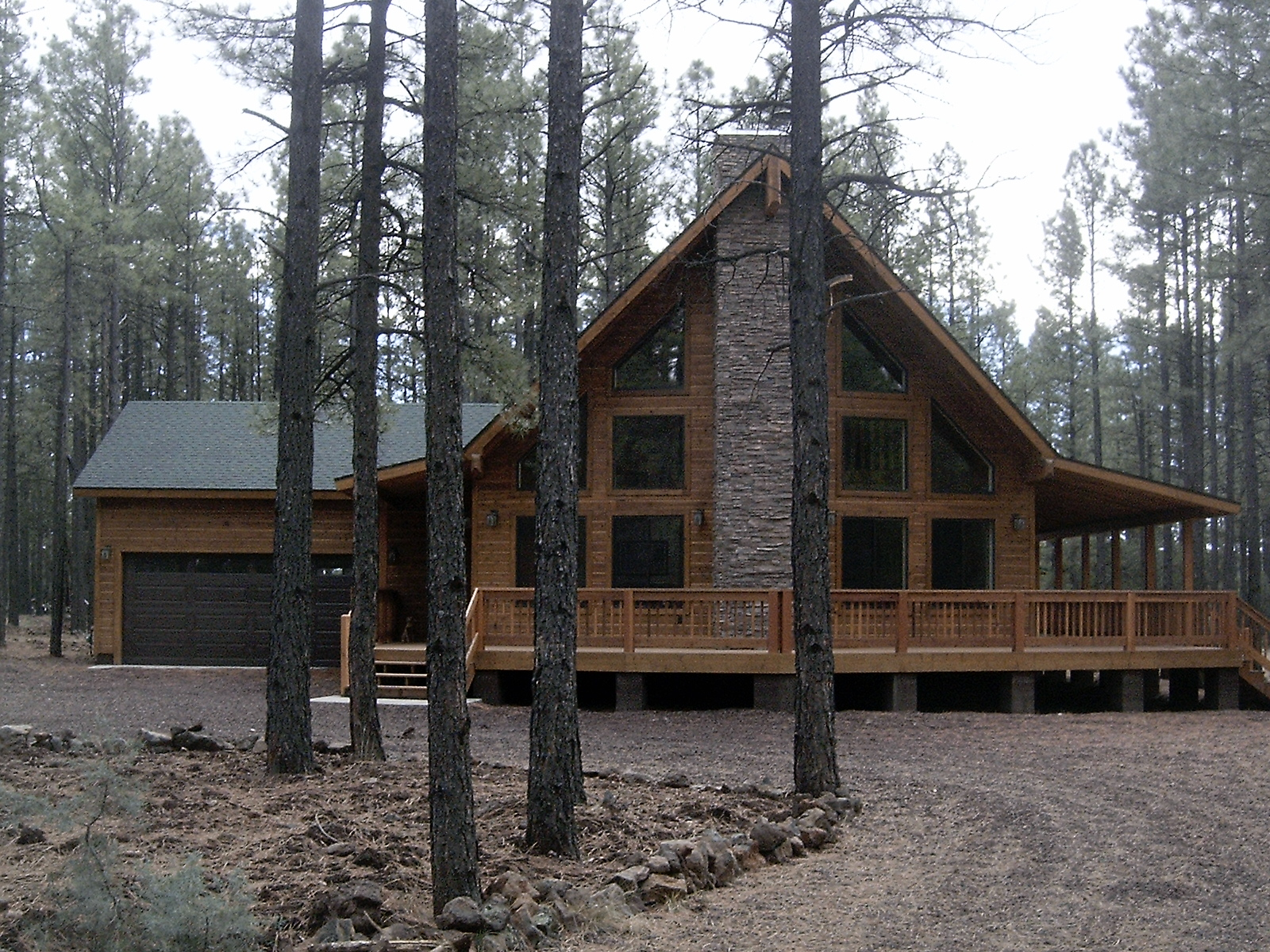 Photo Gallery: Mountain Pine Model with an extended deck
